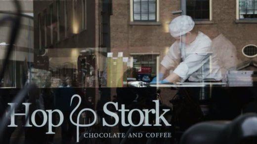 Hop & Stork eigenaren Anil Soekhoe en Remco Groenewold maakten halverwege 2014 de overstap van de bankwereld naar de horeca.