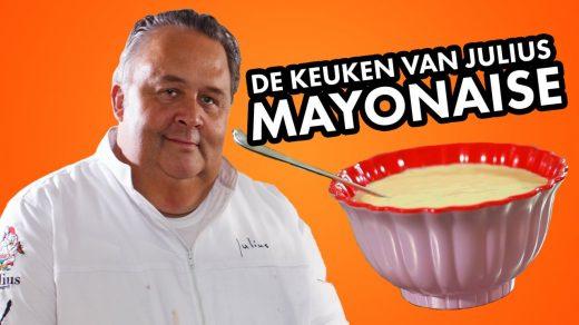 Bij zelfgemaakte friet hoort zelfgemaakte mayonaise! In De Keuken van Julius maakt chefkok Julius Jaspers met weinig middelen zelf de lekkerste mayonaise!