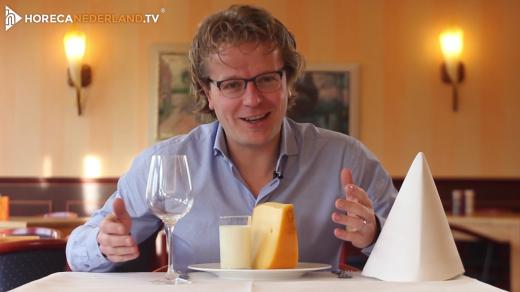 Waarom is Nederland een zuivelland? Nederland staat wereldwijd bekend om zijn kaas, melk en andere zuivelproducten, maar waarom is dat?